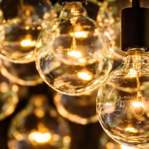 גרילנדת מנורות להשכרה